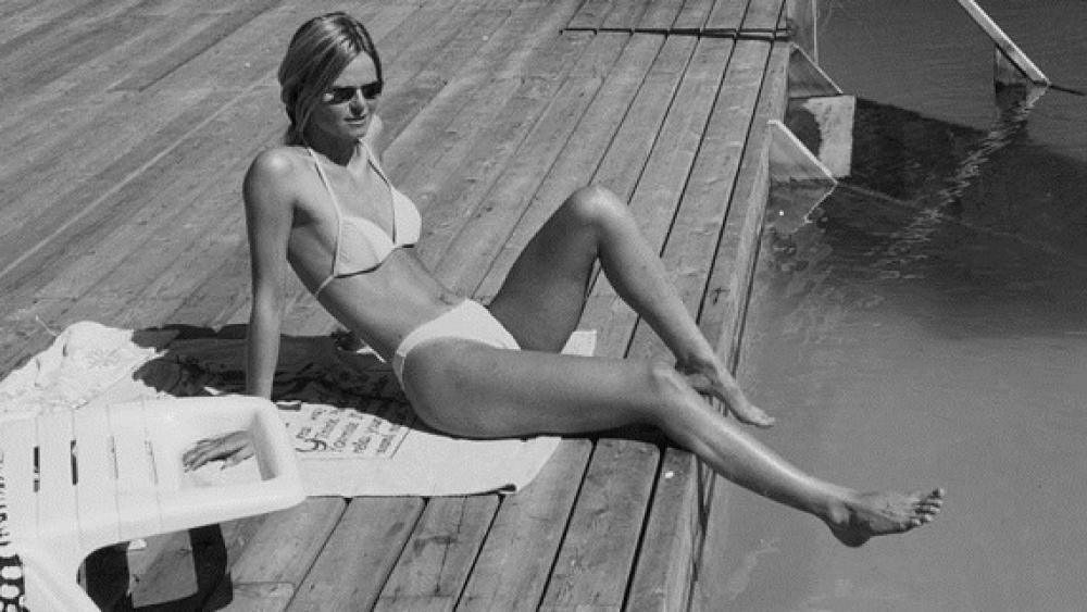 ich zog ihr das bikini