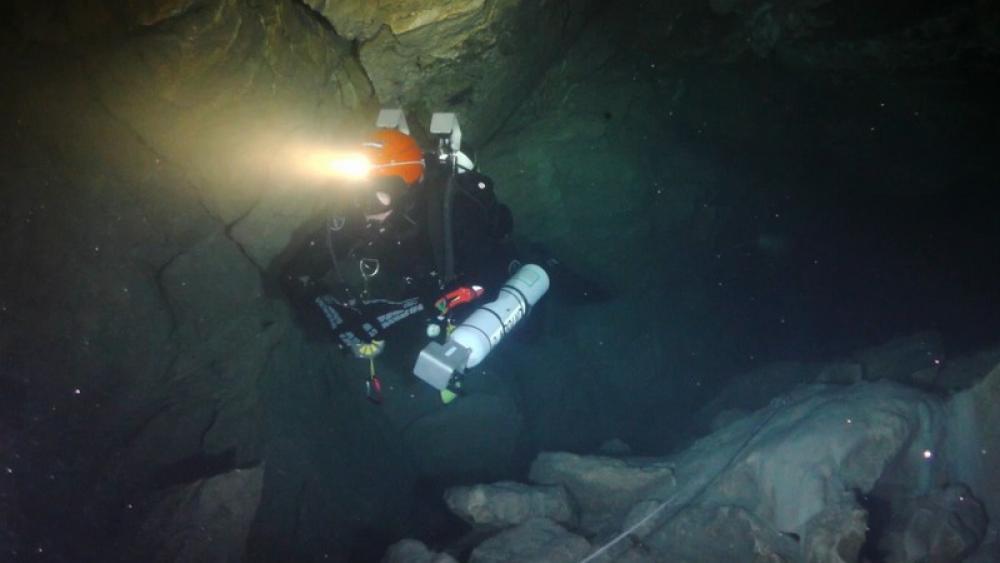 Höhlen Filme