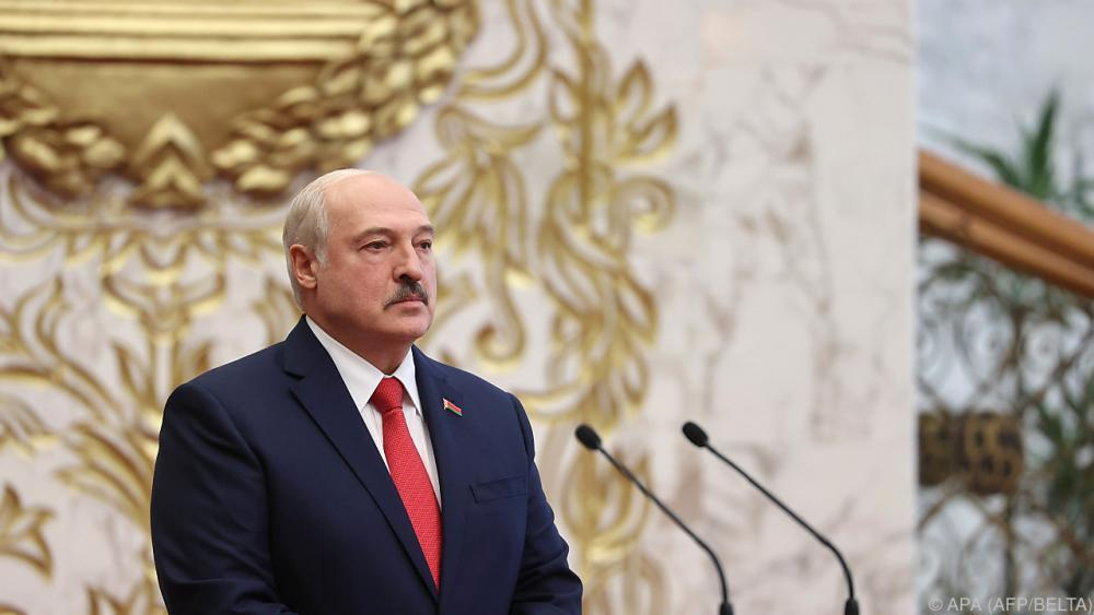 Lukaschenko-stellt-neue-Verfassung-in-Aussicht