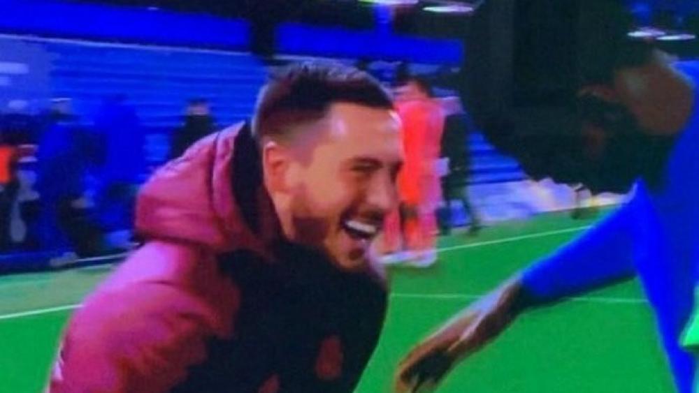 """""""Worüber lacht Hazard?"""": Scherze erzürnen Fans und Medien"""