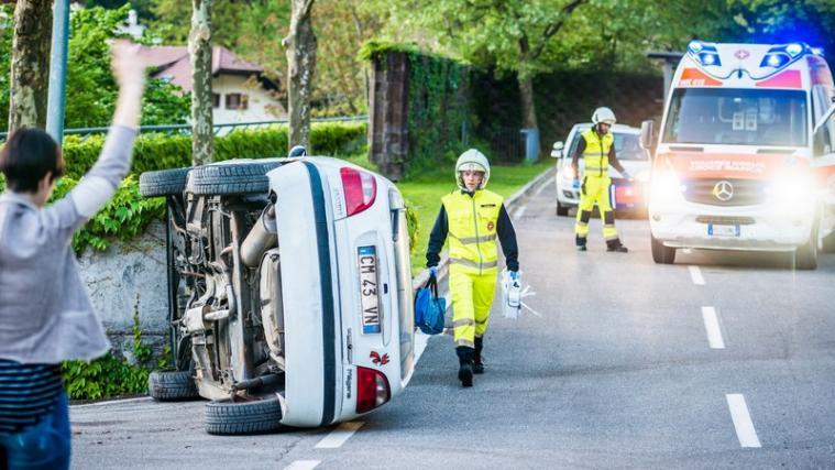 Richtiges Verhalten bei einem Verkehrsunfall