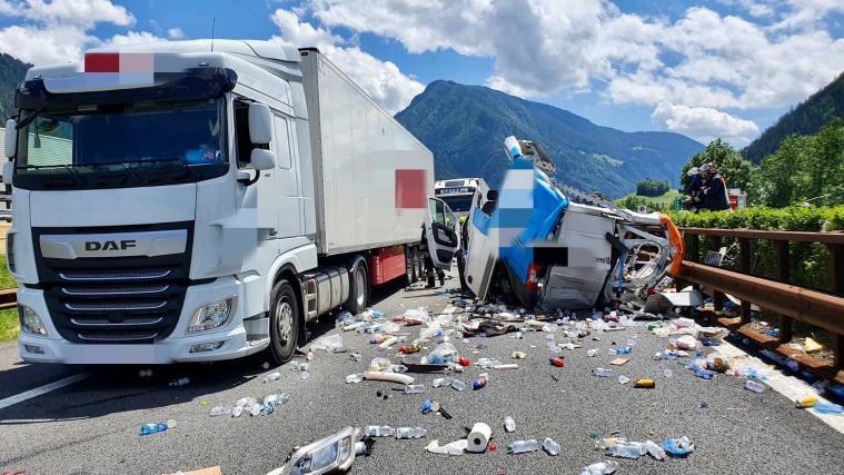 Schwerer Unfall Auf Der A22