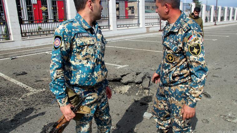 Raketenangriffe Auf Die Hauptstadt Von Berg Karabach